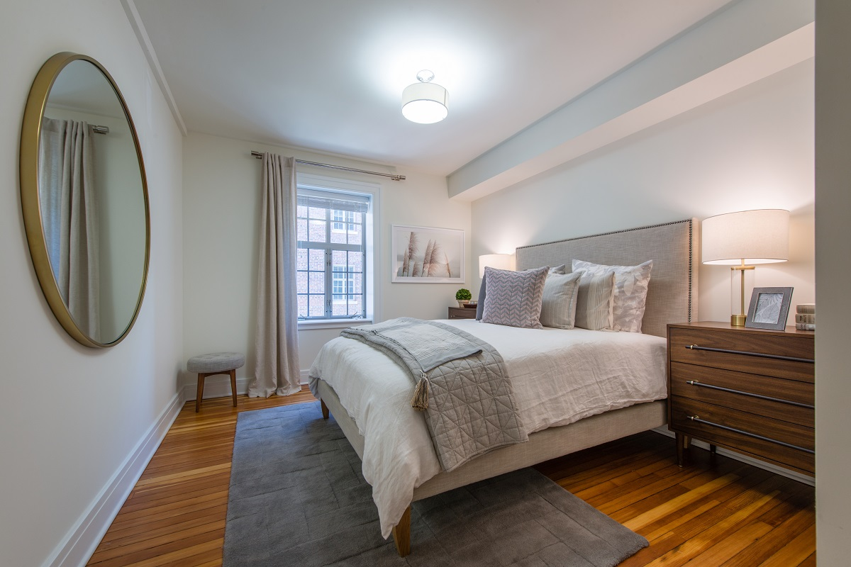 Set up your bedroom in a variety of ways